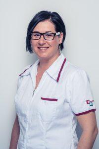 MUDr. Alica Hokynková je atestovaný plastický chirurg.